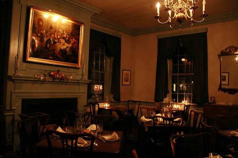 Gadsby's Tavern dining room