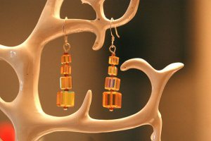 Maybe these amber crystal earrings would be just the thing!